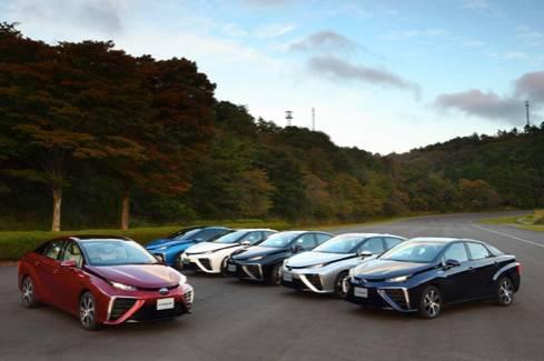 与电动车有何不同?感受全球第一款量产的氢燃料电池车