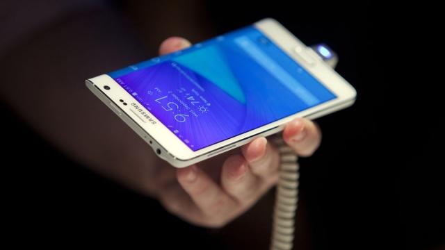 IDC:Q2全球手机出货量三星第一 苹果第二