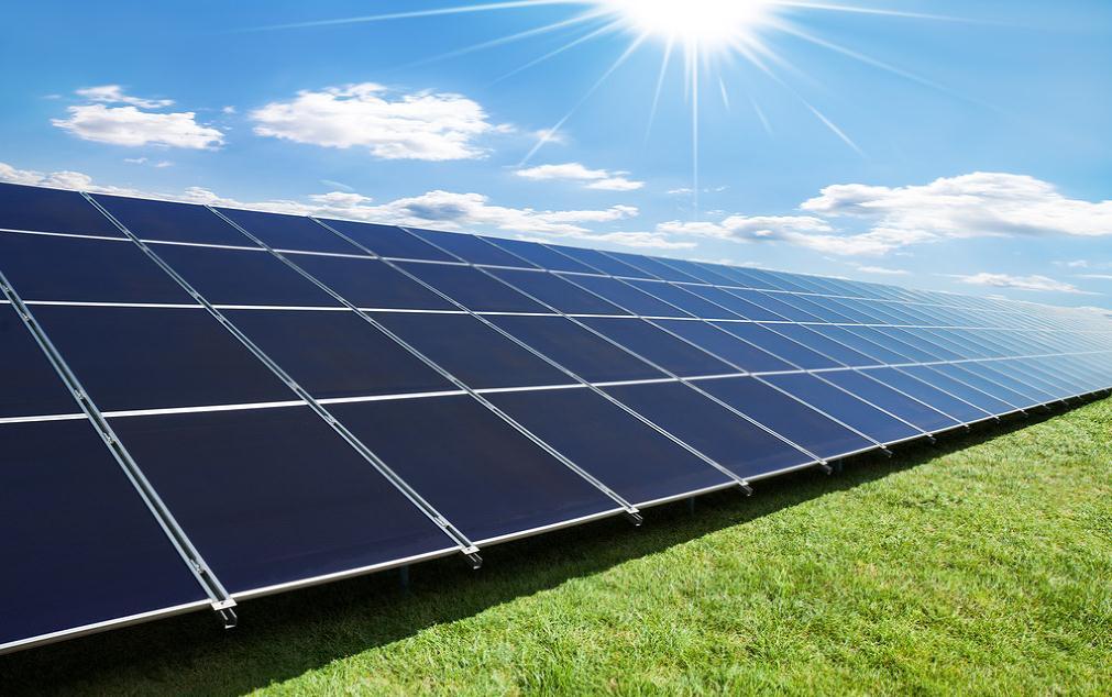 钟化的晶体硅异质结太阳能电池单元的转换效率达到24