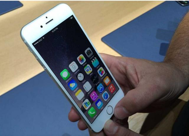 苹果明年传改新材质 iPhone 6s金属机壳成绝响