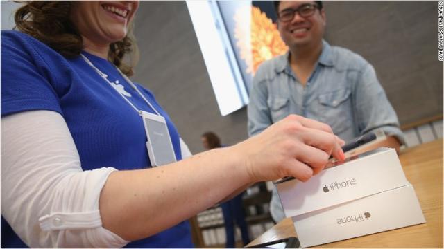 买iPhone 6S要花几天工资世界人民比一比