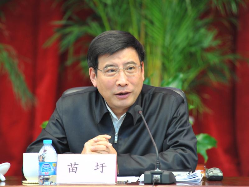 苗圩:实施中国制造2025制造强国网络强国