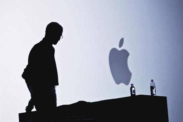 苹果预计第二季度iPhone销量将出现10年来首次下滑