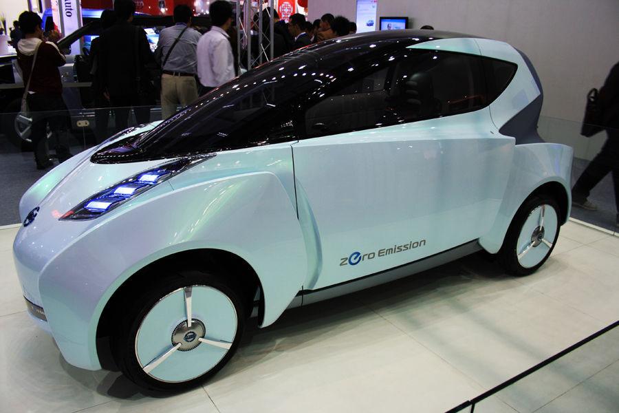 地方两会热议新能源汽车 低速电动车存争议