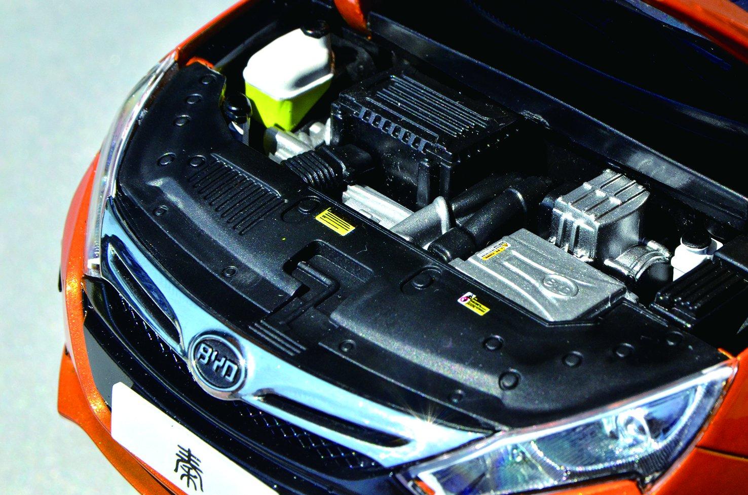 国内插电混动汽车用动力电池以磷酸铁锂为主