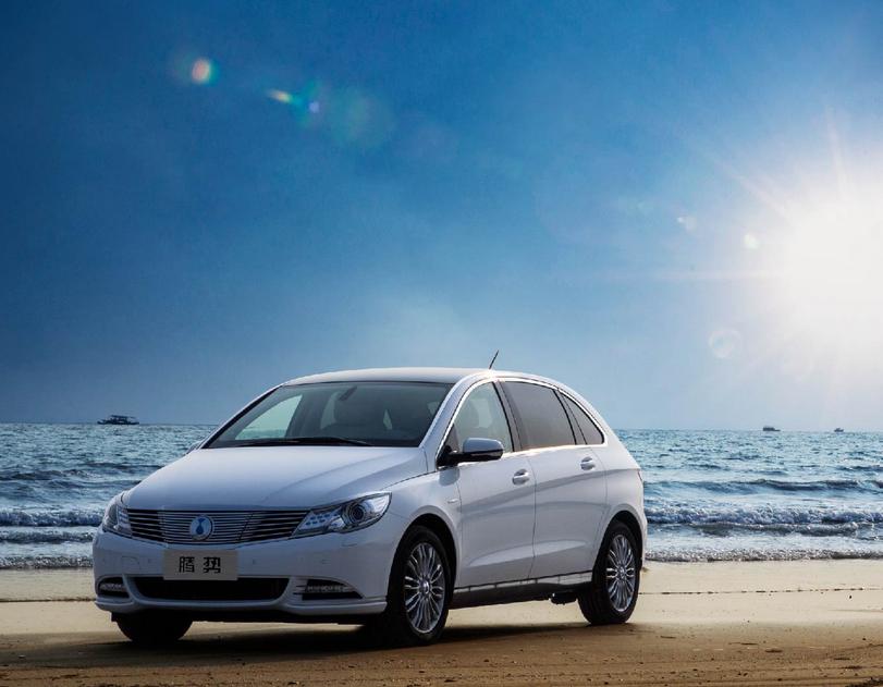 海南未来五年计划推广新能源车3万辆 建充电桩超2.8万个