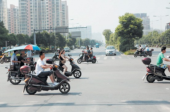 电动自行车时速超过30公里危险重重