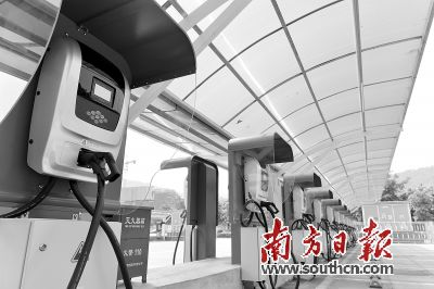 436个雷火苹果app汽车充电桩落地广东惠州 总容量达25190千伏安