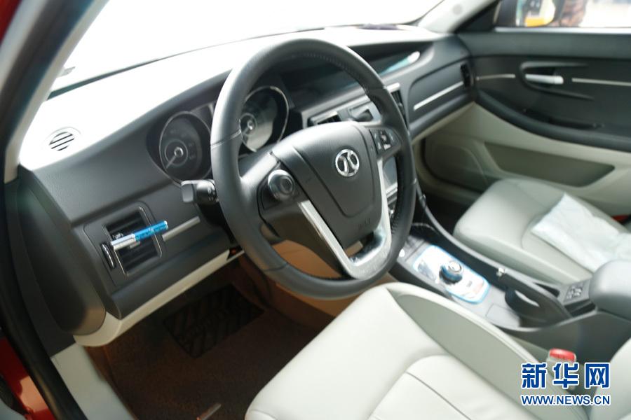 北汽EU260在北京科技周主场亮相 新能源车未来已来