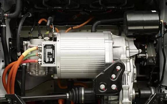 新能源车产销持续增长 电机产业链迎发展契机