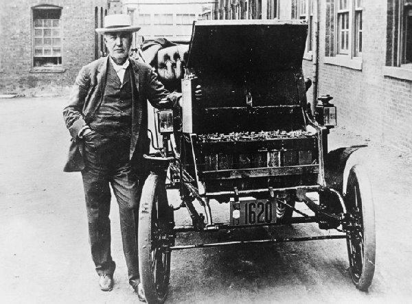 世界上第一辆电动汽车:比特斯拉早100年