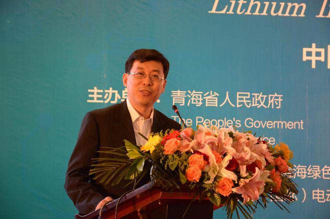 国务院发展研究中心企业所副所长研究员,中国电动汽车百人会首席专家张永伟
