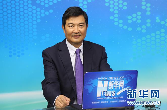协鑫新能源总裁孙兴平回答主持人提问