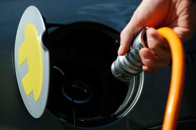<b>美国政府计划注资45亿美元 兴建电动汽车充电站</b>