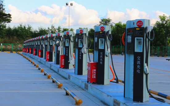 崔东树:我国纯电动汽车充电桩市场发展应接地气