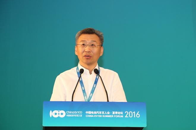 工业和信息化部装备工业司司长 李东