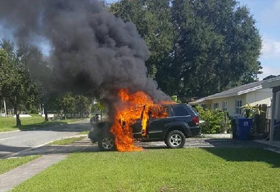 三星Note 7又发生电池爆炸 竟造成用户整辆车起火