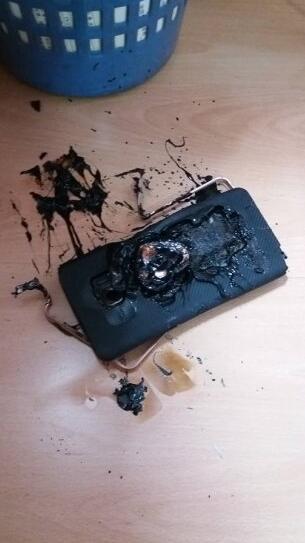 Note 7在香港爆炸了 三星称也是外部加热导致的