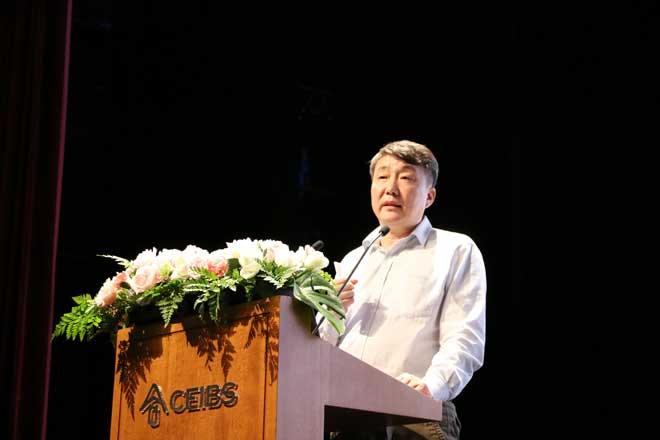 北汽集团新技术研究院副院长荣辉