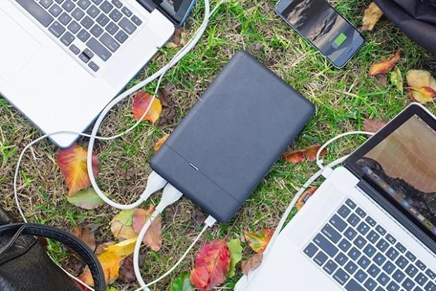 简直是充电宝中的战斗机 居然能给笔记本充电
