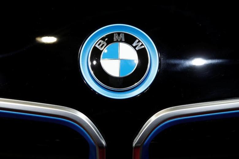 宝马明年推新版i3电动汽车 续航里程超300公里.jpeg