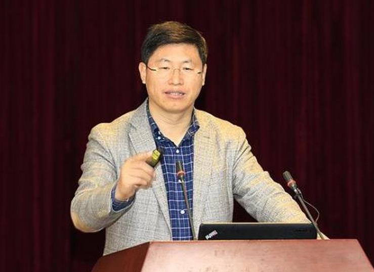 """中科院院士刘忠范:石墨烯不能搞大炼钢铁式""""大跃进"""""""