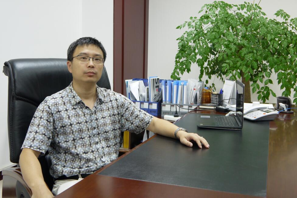 电池百人会理事:旭成科技刘峥.jpg