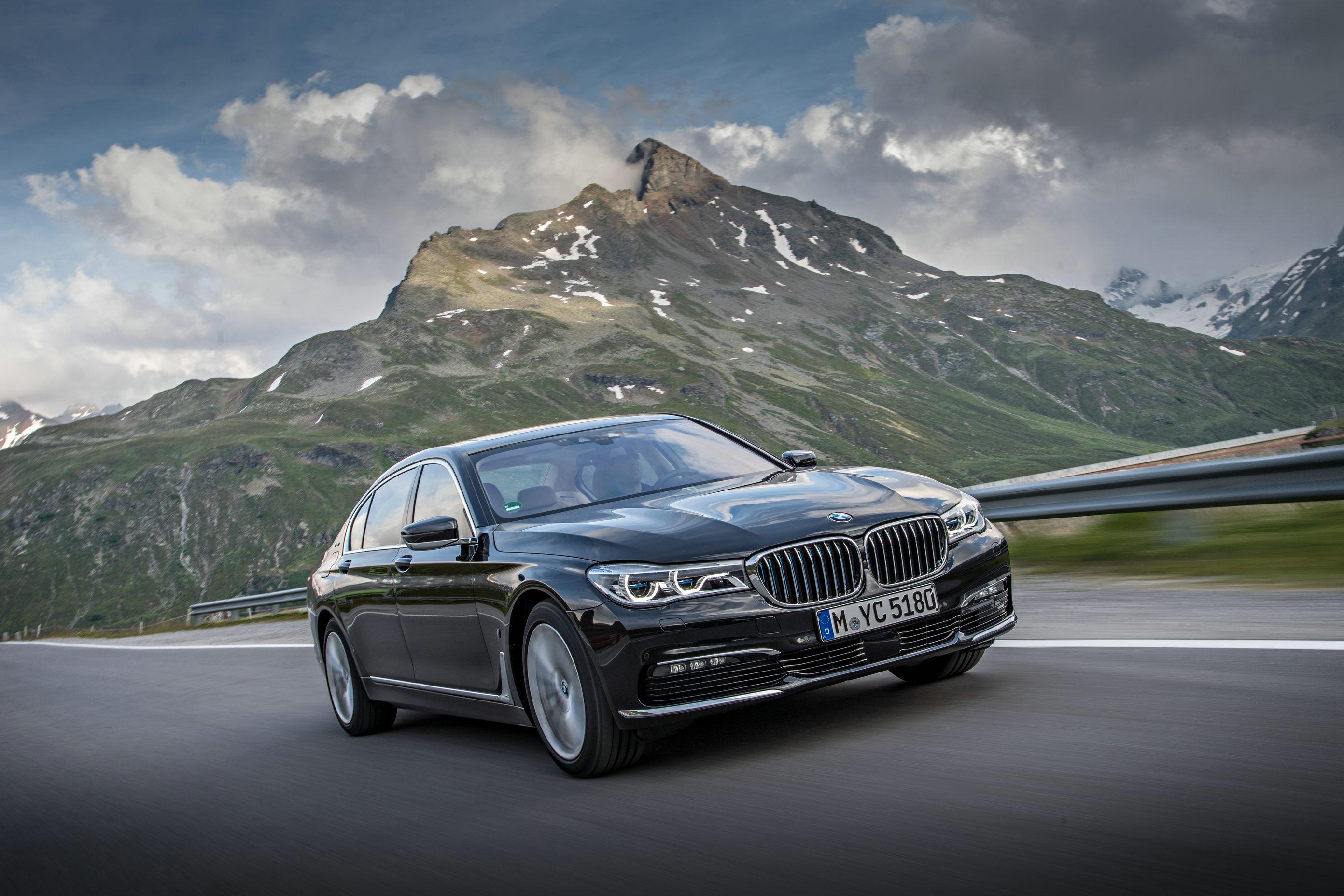 宝马宣布将在2025年实现燃料电池车型量产