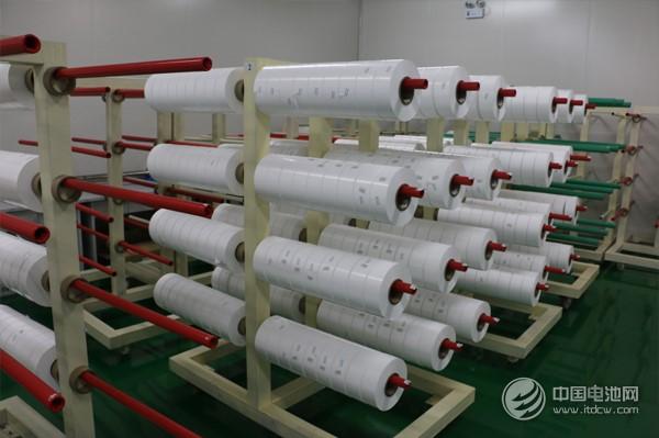 中锂新材锂电池湿法隔膜生产车间