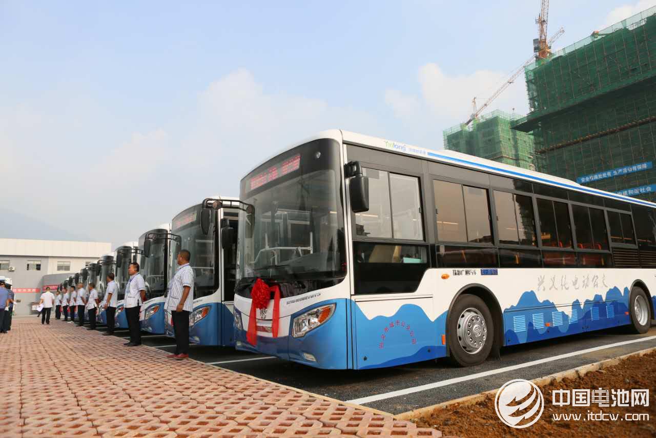 37城創建公交都市 全國新能源公交達16.4萬輛