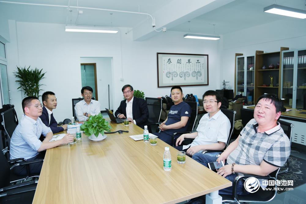 2017中国锂电新能源产业链调研团一行到访中国电池网总部