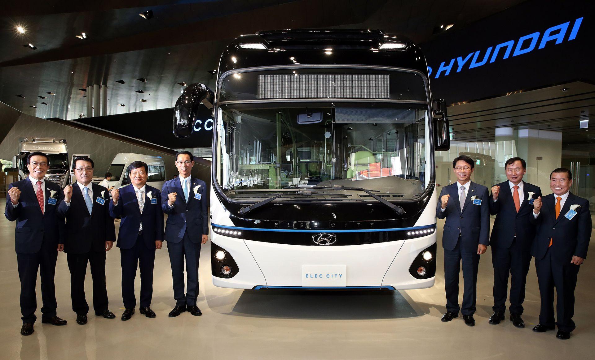 现代发布Elec City 纯电动巴士 续航里程290公里.jpg