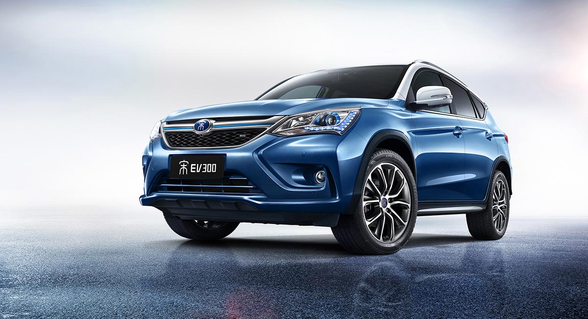 目前,新能源汽车在上海随处可见,但使用中却问题频频,最显著的仍是