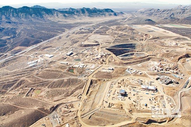 中国乐山盛和稀土公司与海外投资企业共同买下美国唯一稀土供应来源派斯山(Mountain Pass)稀土矿。(摘自网路)