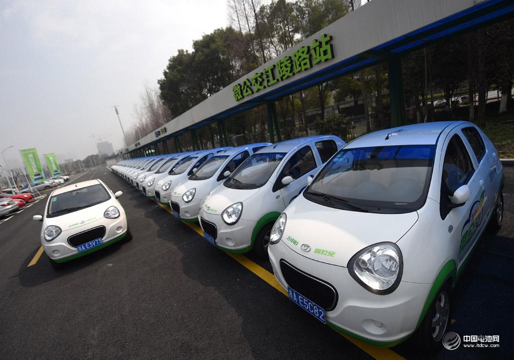 新能源车将大量取代燃油车 实现智能出行的必由之路