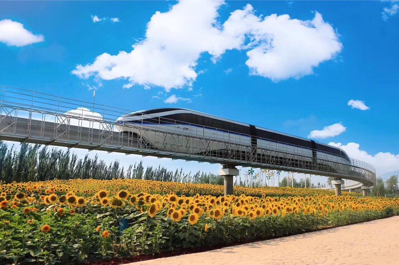 比亚迪:中国首条自主知识产权云轨商业运营在银川正式通车