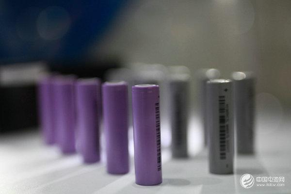 2017年锂电池产业投资高热:逾百家投超2179亿 多家豪掷百亿