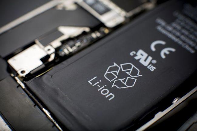 iPhone电池降价称不上折扣 原价是其他高端手机两倍多