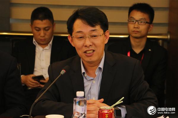 """锂电""""达沃斯""""论坛组委会/电池百人会秘书长、中国电池网创始人/董事长 于清教"""