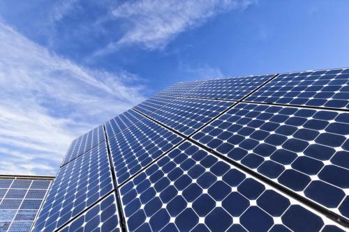 """光伏产能竞赛""""白热化"""" 隆基将再增两倍产能2020年达到45GW"""