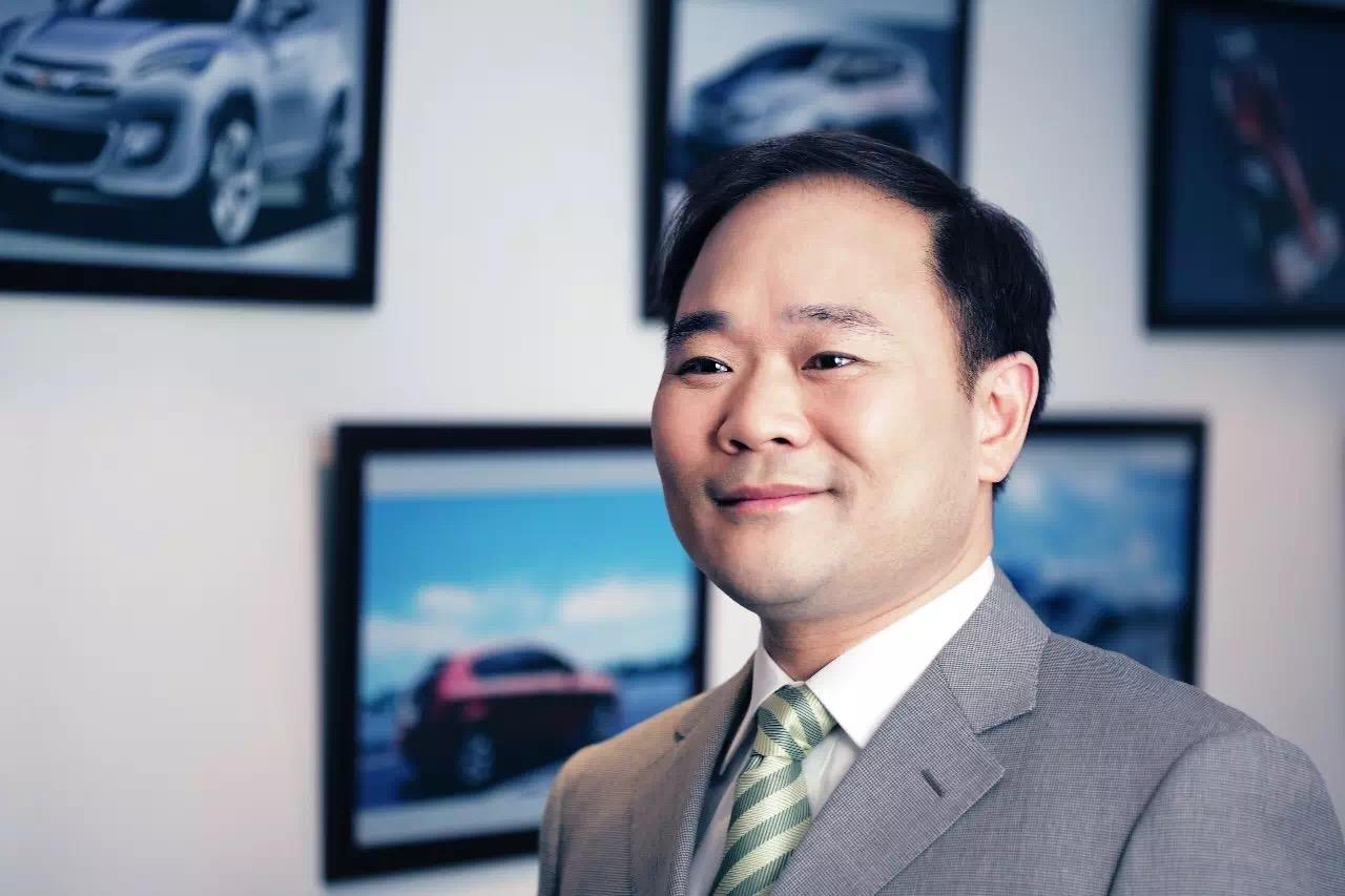 李书福:新能源汽车是未来经营重点