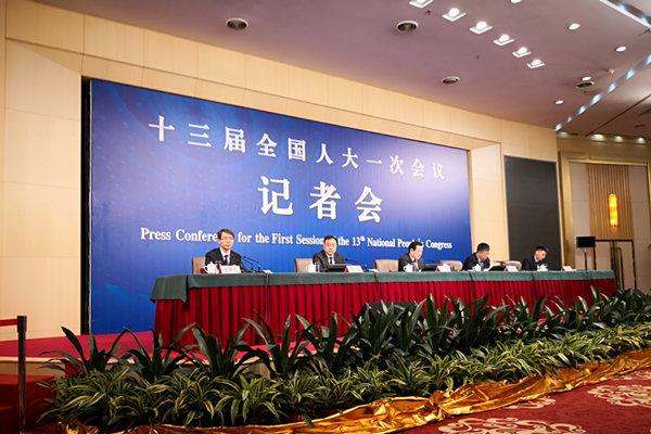 万钢:我跟马斯克早就认识 欢迎全球电动车企来中国
