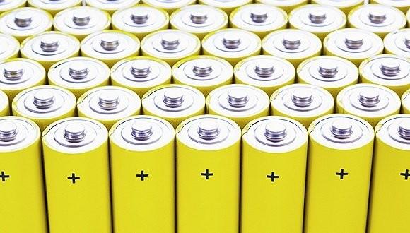政策加码资本涌入 动力电池回收产业化艰难破冰