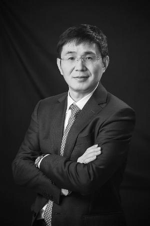 隆基股份董事长钟宝申
