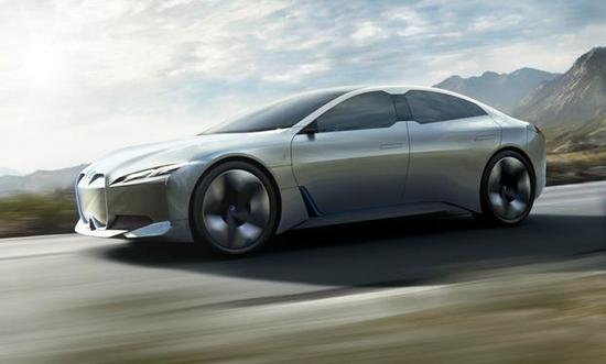 宝马将推多种型号电池组:50e容量120kWh 续航达700公里