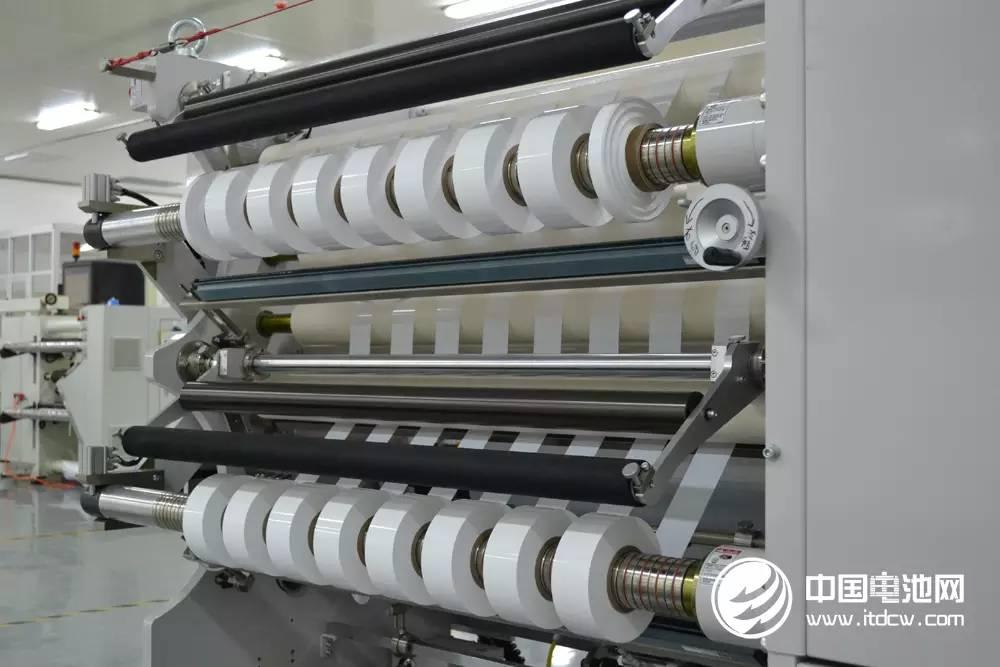 竞争加剧与高额商誉双杀锂电行业  隔膜过剩打价格战