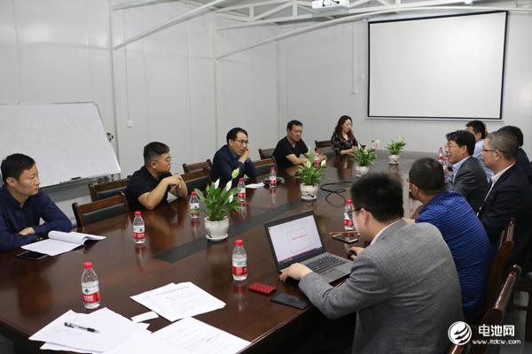 中国锂电新能源产业链调研团一行与天力锂能相关领导交流、座谈