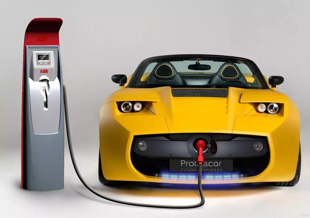 互联网造车是一头热 动力电池业是两头难!