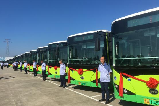 刷新汕头市投放记录 比亚迪600台便民纯电动公交车启动交付