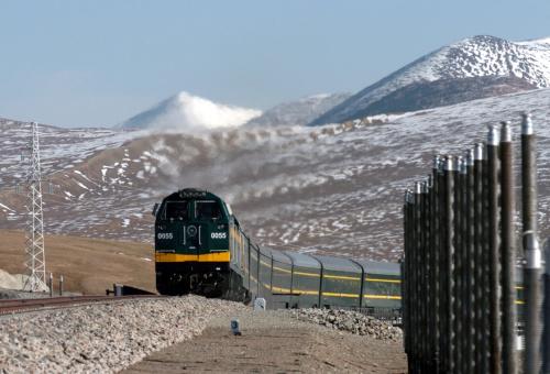 于德翔靠青藏铁路一战成名 转战布局汽车充电网